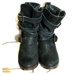 Rustic Black Soft Leather Heeled Boots